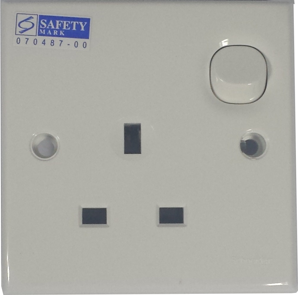 CLIPSAL 1 GANG SWITCH SOCKET 13A~ E15 | Electrical Accessories ...