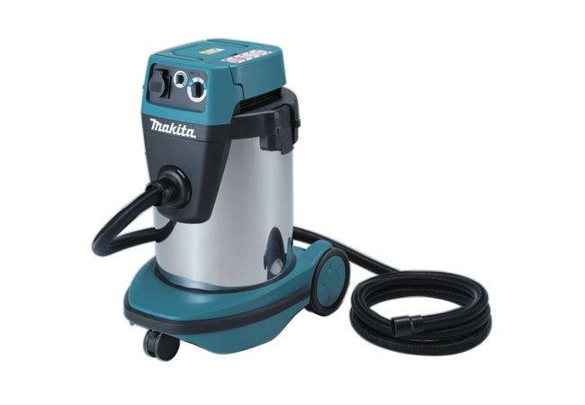 MAKITA VACUUM CLEANER 32L, 1050W, VC3210L